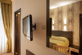 Rome King Suite