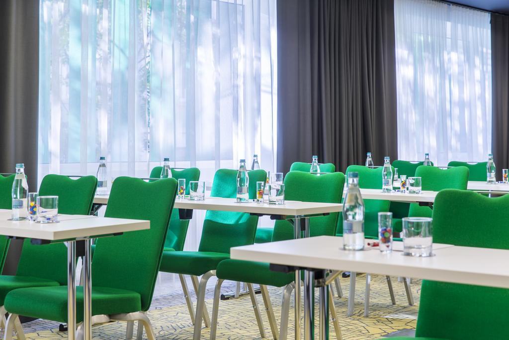 Park Inn By Radisson Bucharest Hotel  Residence