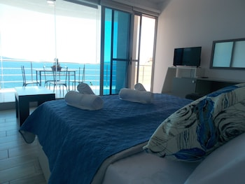 Oceanic Overview Suites