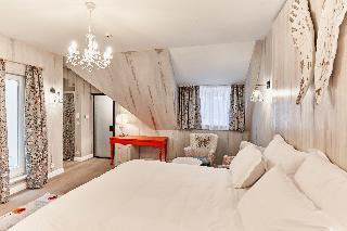 Maison Bistro  Hotel